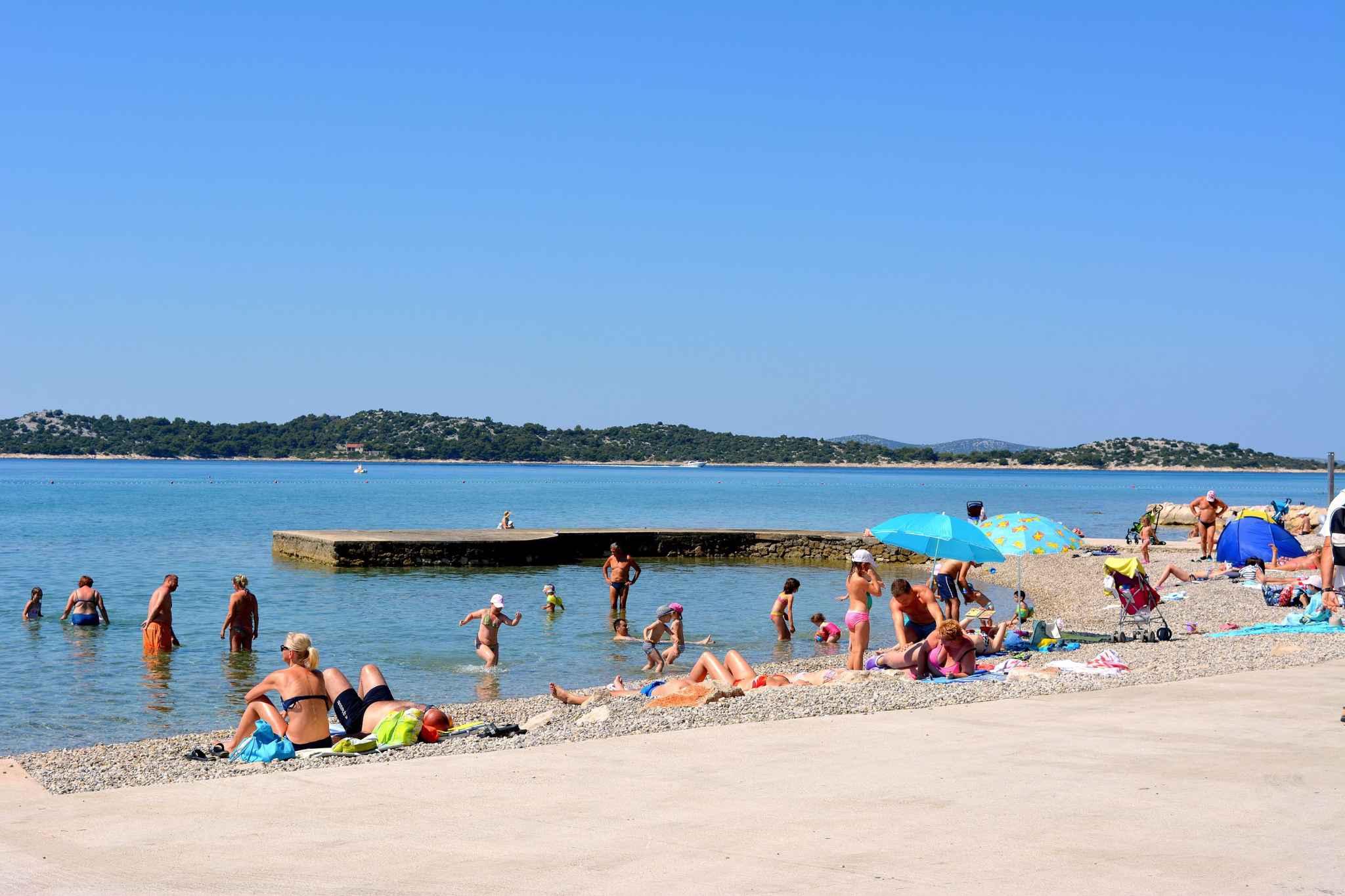 Ferienwohnung mit 15 qm Terrasse (278773), Vodice, , Dalmatien, Kroatien, Bild 8