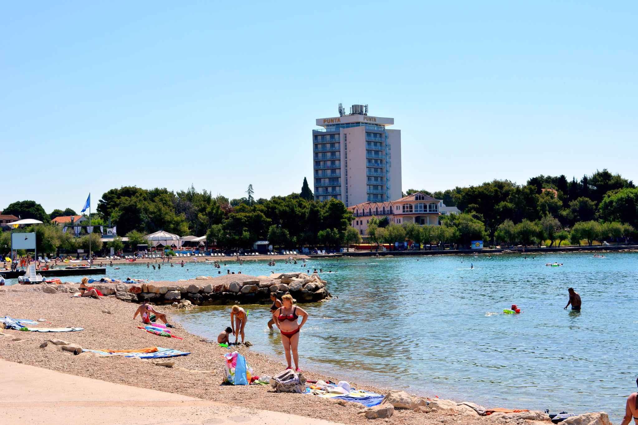 Ferienwohnung mit 15 qm Terrasse (278773), Vodice, , Dalmatien, Kroatien, Bild 9