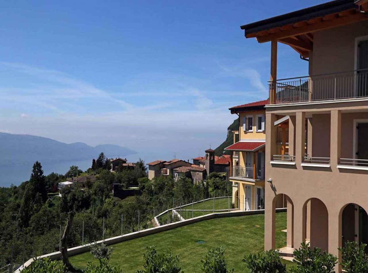 Ferienwohnung mit Garten und Seeblick   Gardasee - Lago di Garda