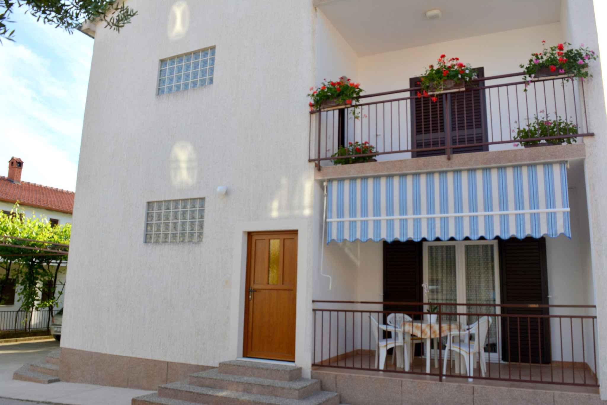 Appartement de vacances mit Terrasse und 500 m von der Adria (278774), Vodice, , Dalmatie, Croatie, image 2