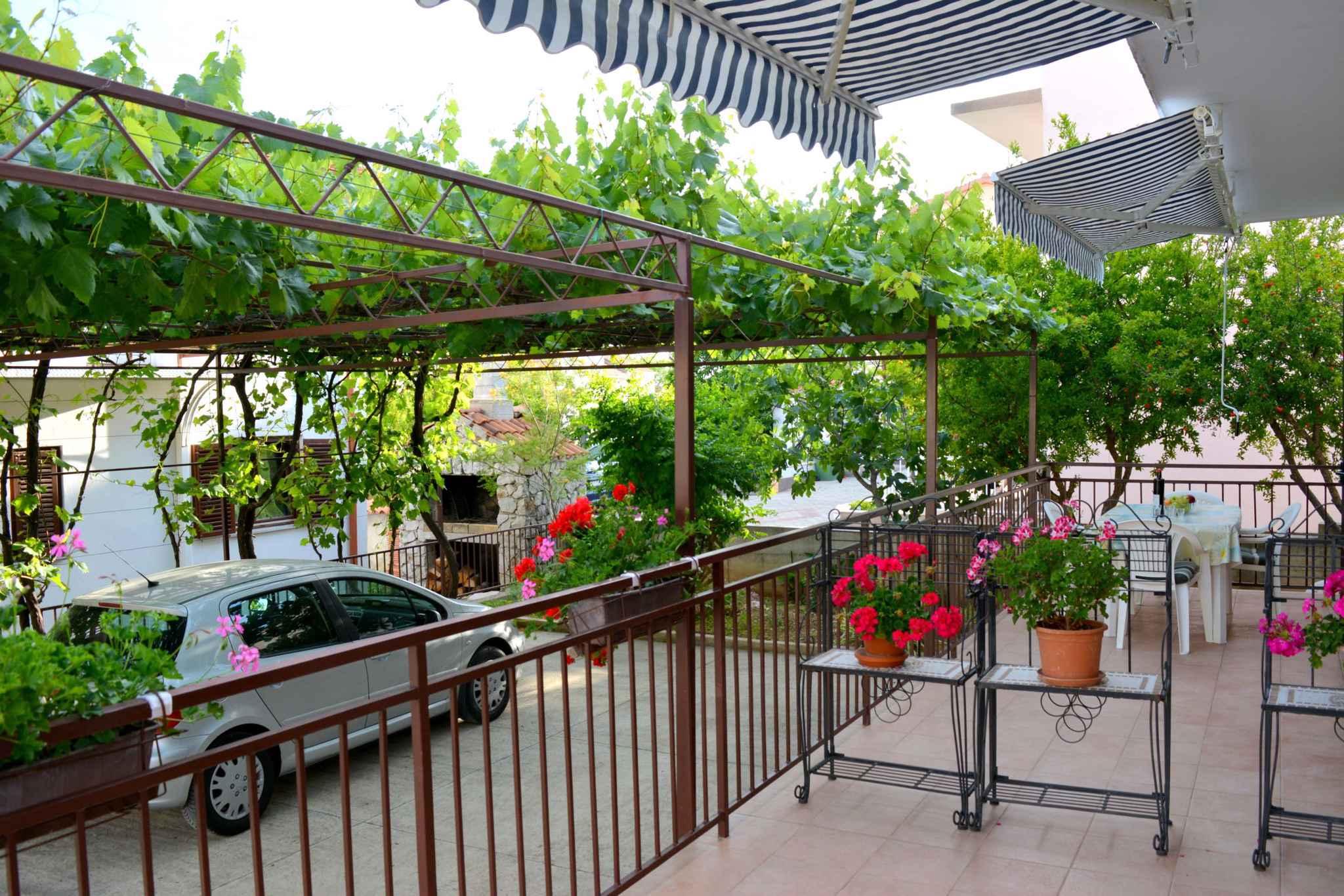 Appartement de vacances mit Terrasse und 500 m von der Adria (278774), Vodice, , Dalmatie, Croatie, image 3