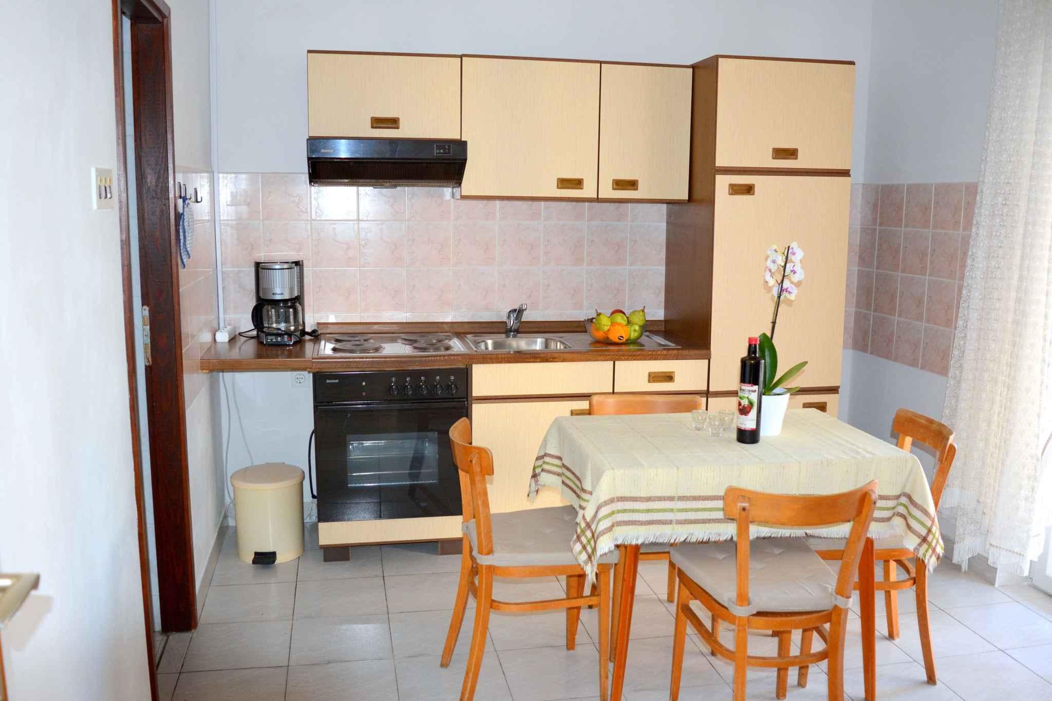 Appartement de vacances mit Terrasse und 500 m von der Adria (278774), Vodice, , Dalmatie, Croatie, image 5