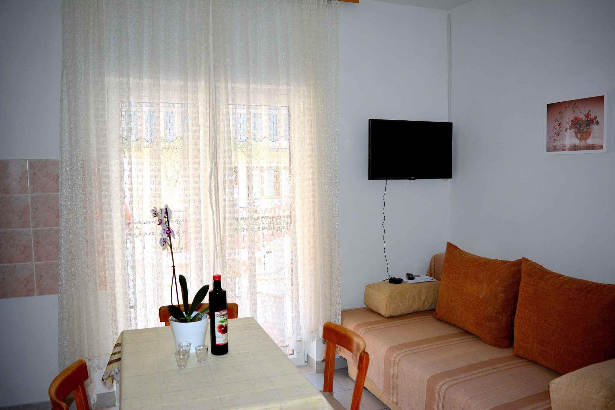Appartement de vacances mit Terrasse und 500 m von der Adria (278774), Vodice, , Dalmatie, Croatie, image 10