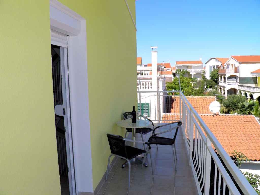 Ferienwohnung mit Klimaanlage und Balkon (278818), Vodice, , Dalmatien, Kroatien, Bild 3