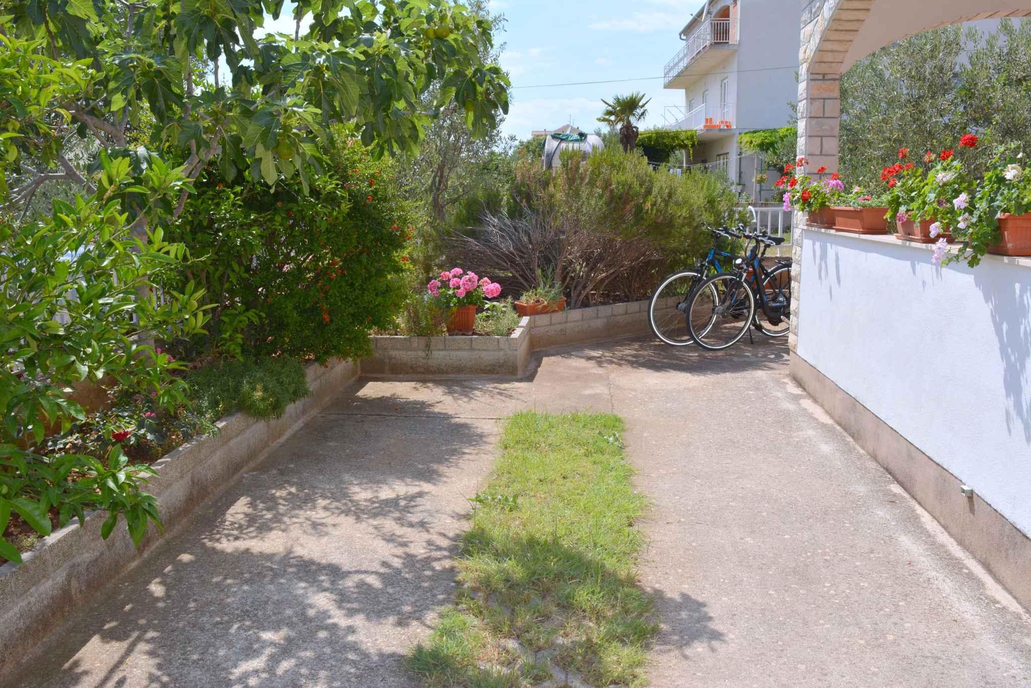 Ferienwohnung mit 25 qm großem Balkon und Klimaanlage (278782), Vodice, , Dalmatien, Kroatien, Bild 4