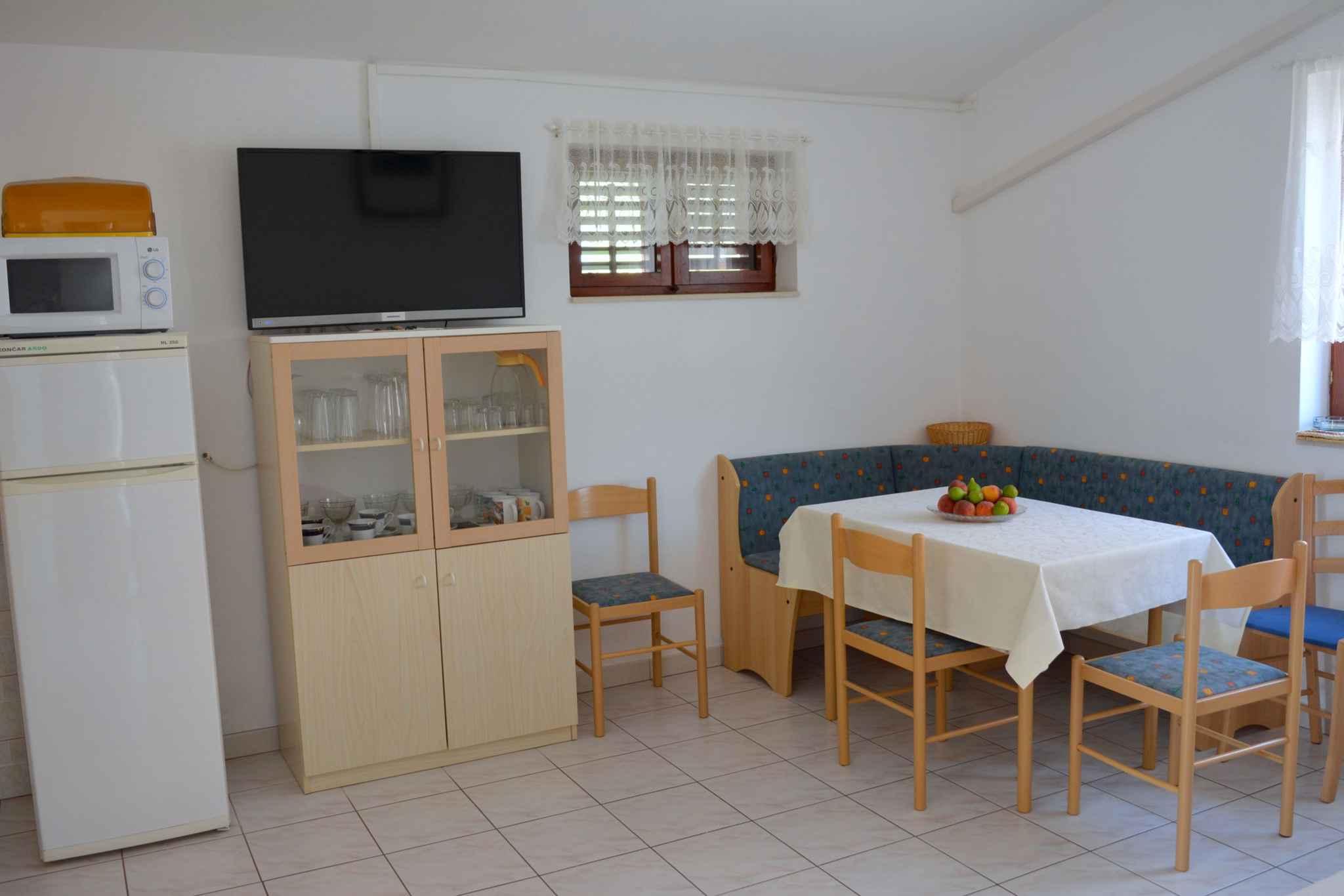 Ferienwohnung mit 25 qm großem Balkon und Klimaanlage (278782), Vodice, , Dalmatien, Kroatien, Bild 14