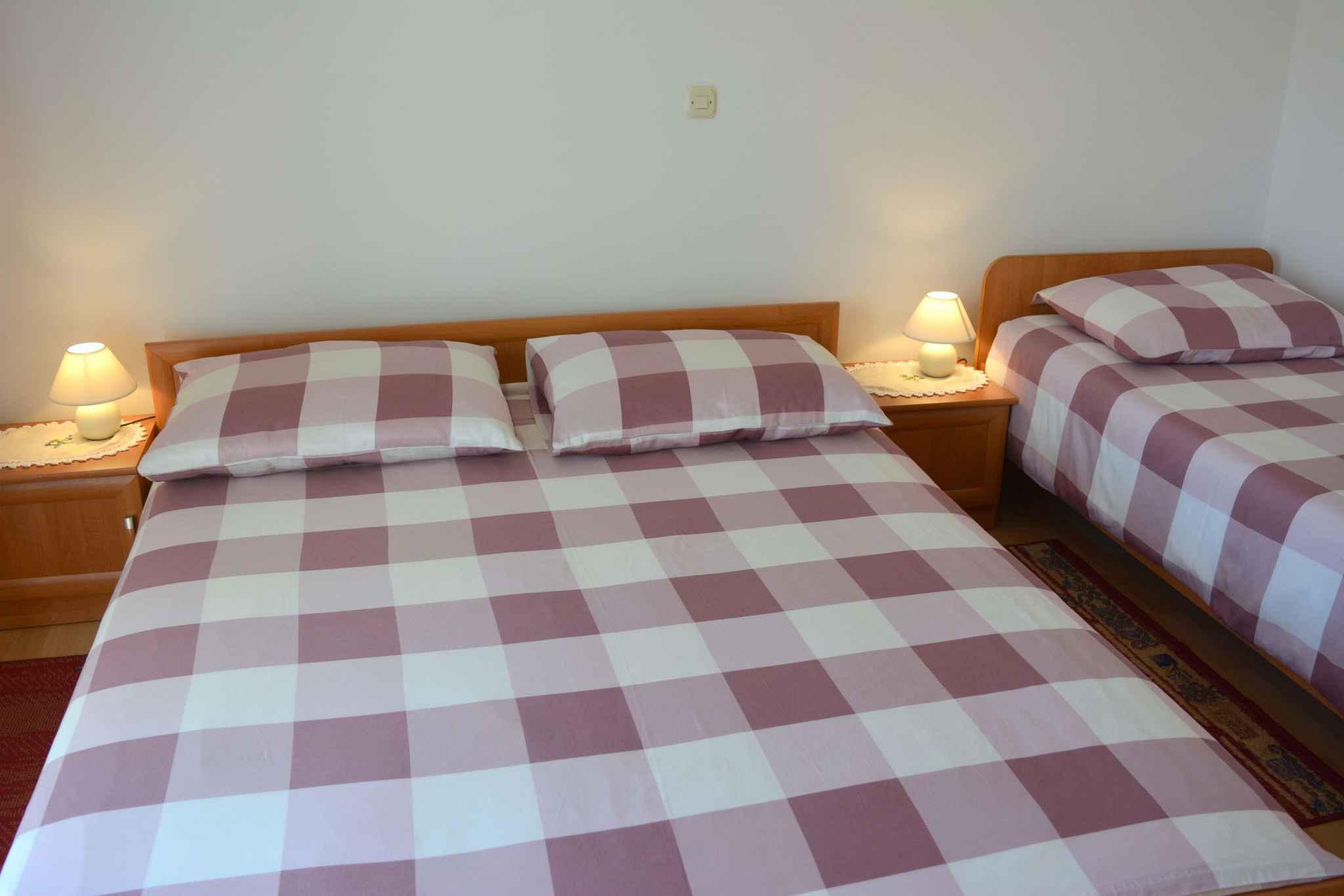 Ferienwohnung mit 25 qm großem Balkon und Klimaanlage (278782), Vodice, , Dalmatien, Kroatien, Bild 19