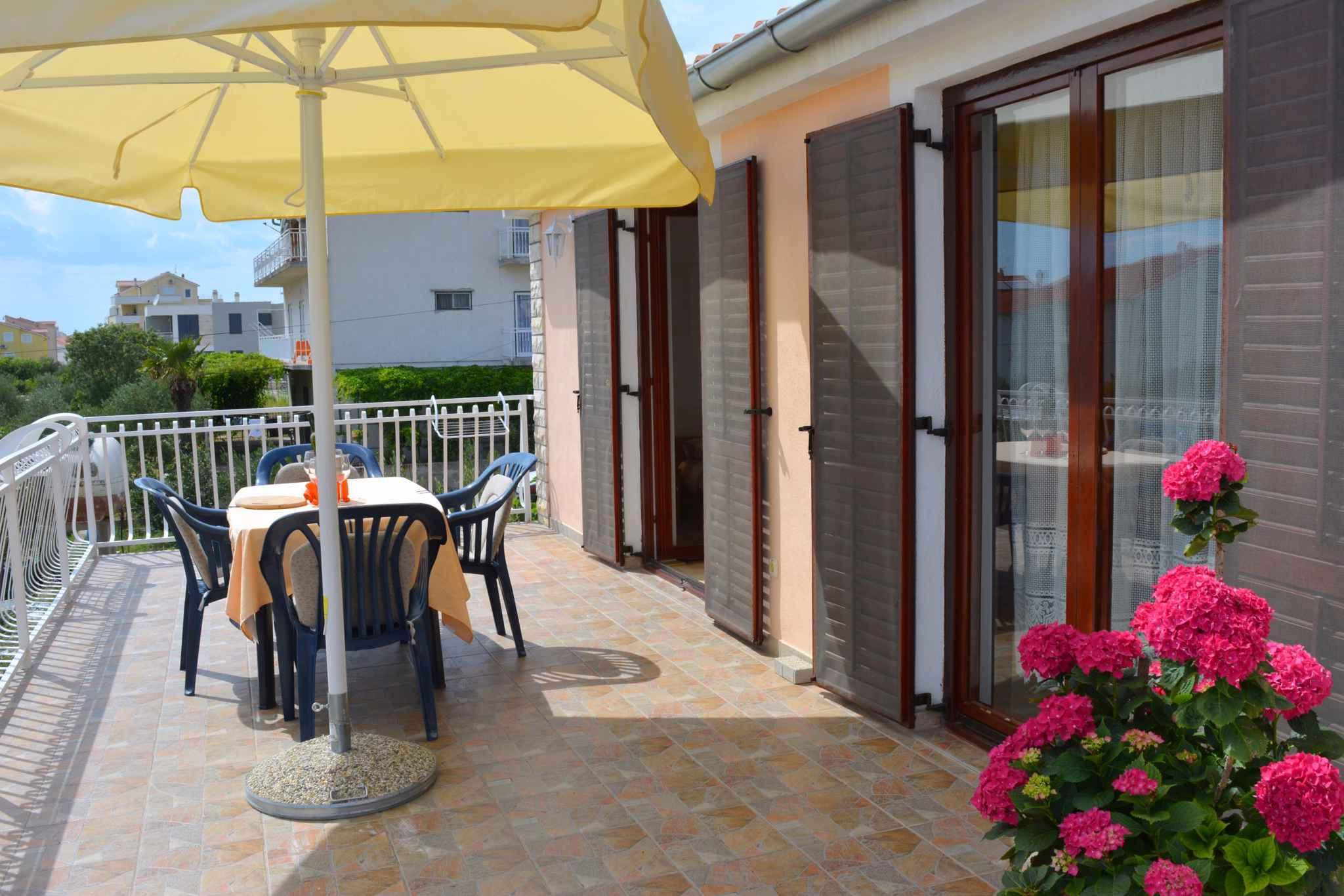 Ferienwohnung mit 25 qm großem Balkon und Klimaanlage (278782), Vodice, , Dalmatien, Kroatien, Bild 6