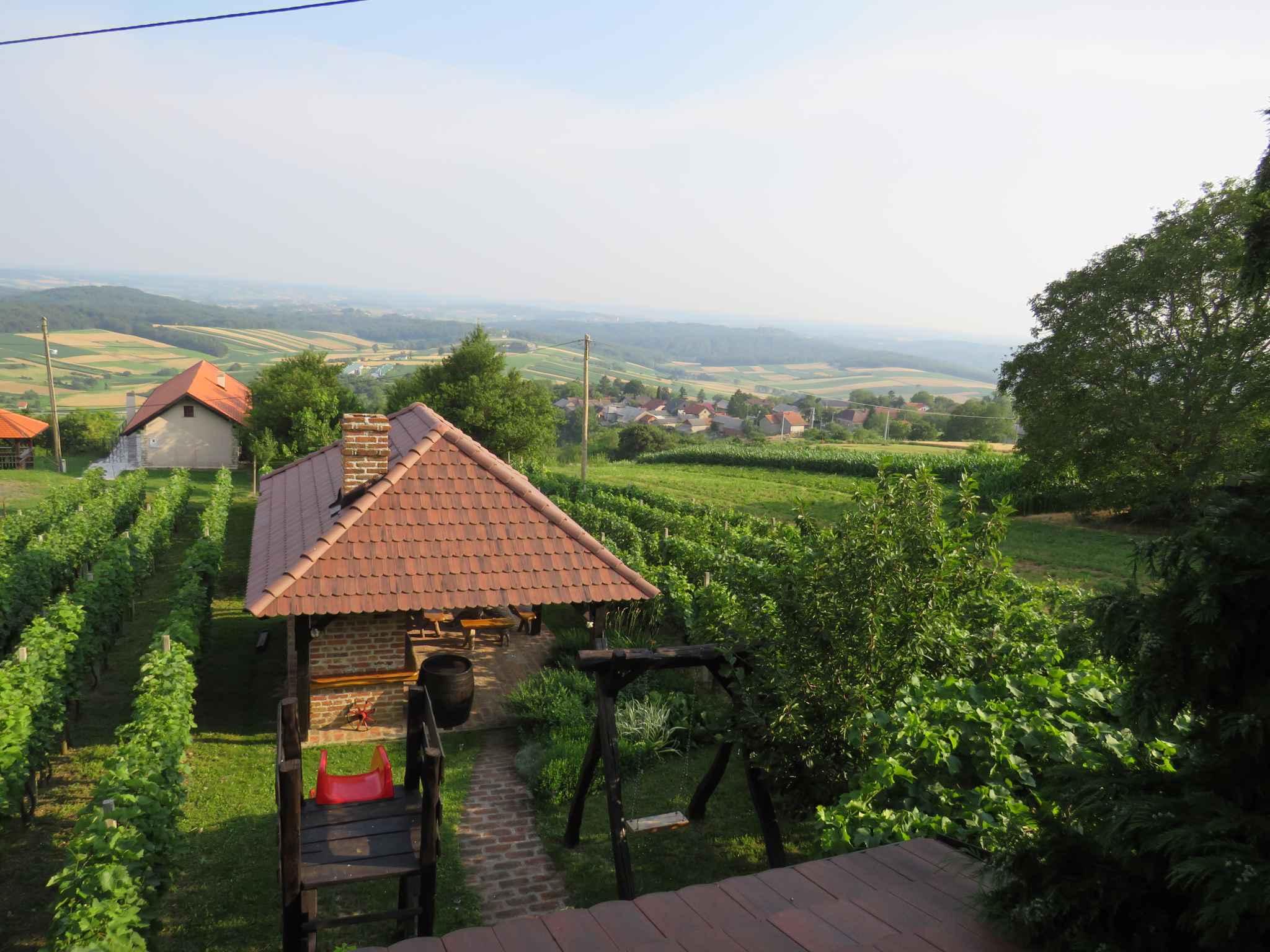 Ferienhaus mit Terrasse und Panoramablick auf die Natur (2579118), Orehovec, , Mittelkroatien, Kroatien, Bild 2