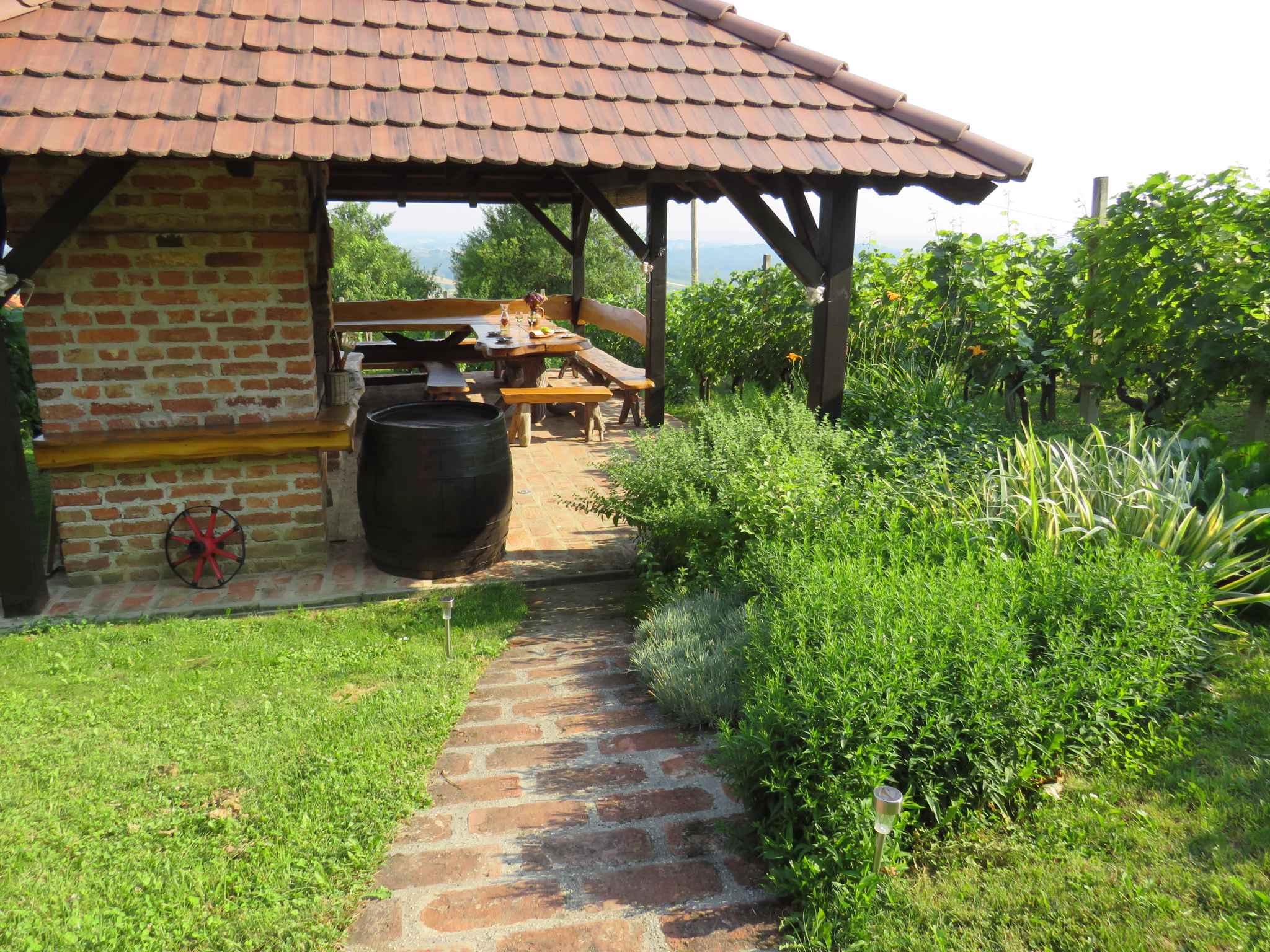 Ferienhaus mit Terrasse und Panoramablick auf die Natur (2579118), Orehovec, , Mittelkroatien, Kroatien, Bild 7
