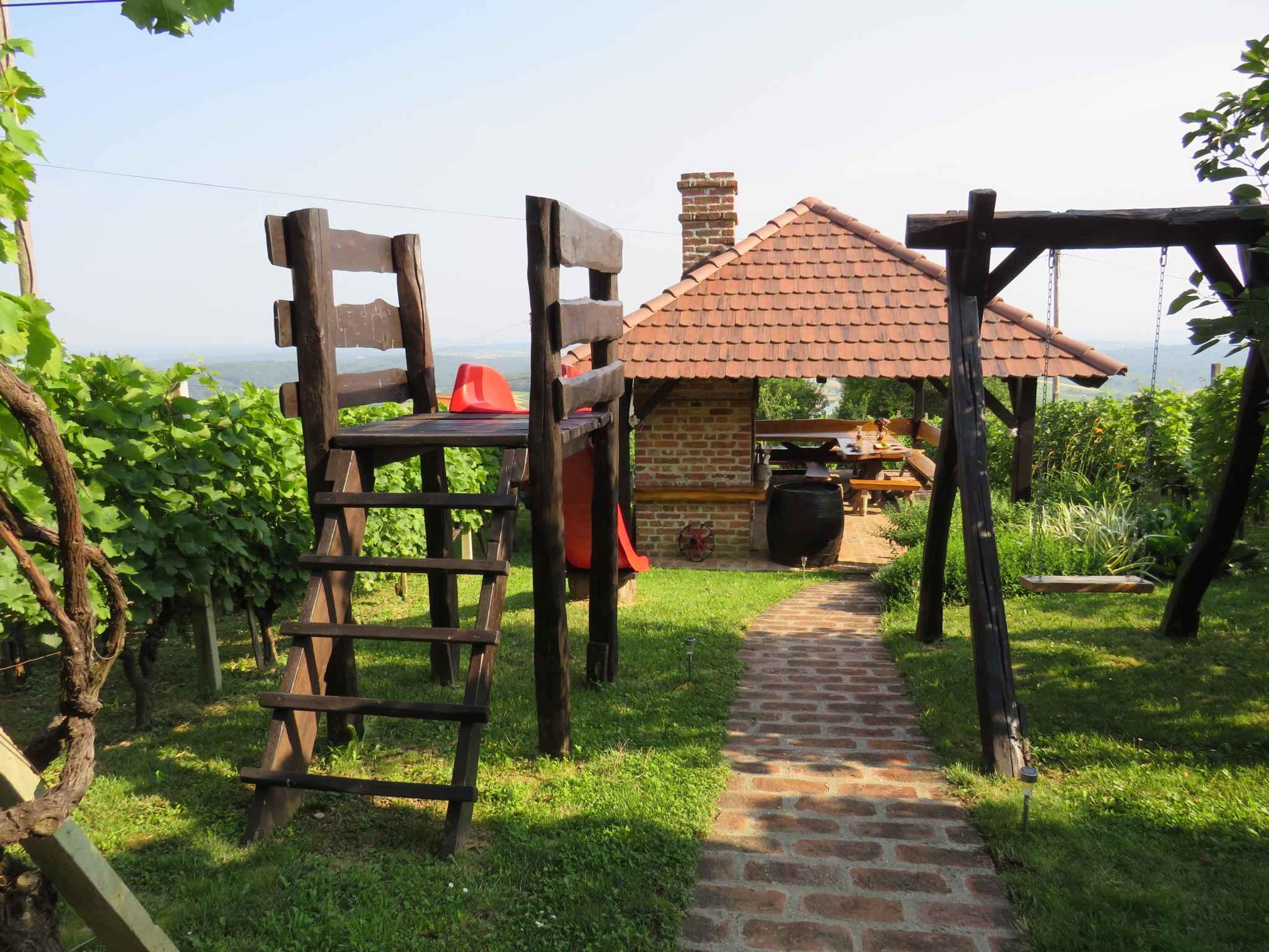 Ferienhaus mit Terrasse und Panoramablick auf die Natur (2579118), Orehovec, , Mittelkroatien, Kroatien, Bild 14