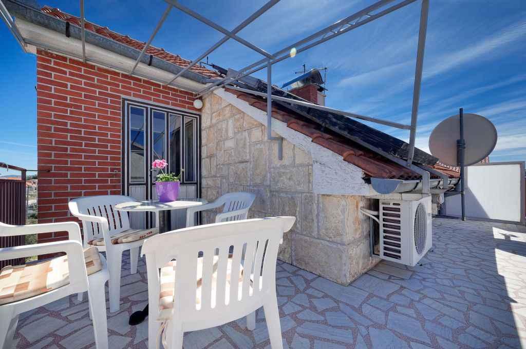 Ferienwohnung mit Klimaanlage und Balkon (278866), Vodice, , Dalmatien, Kroatien, Bild 3