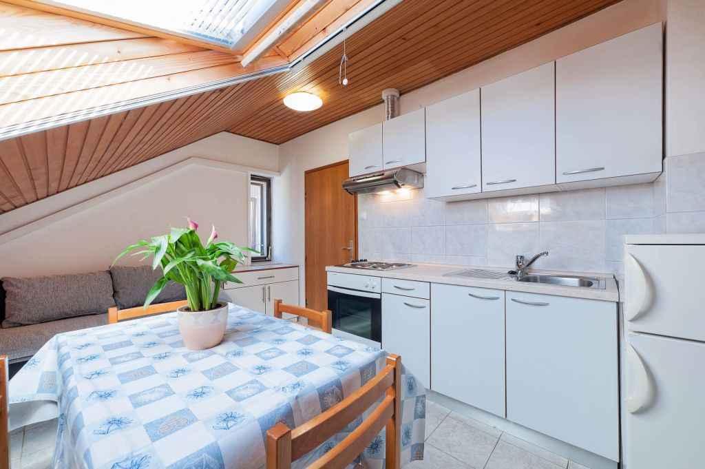 Ferienwohnung mit Klimaanlage und Balkon (278866), Vodice, , Dalmatien, Kroatien, Bild 5