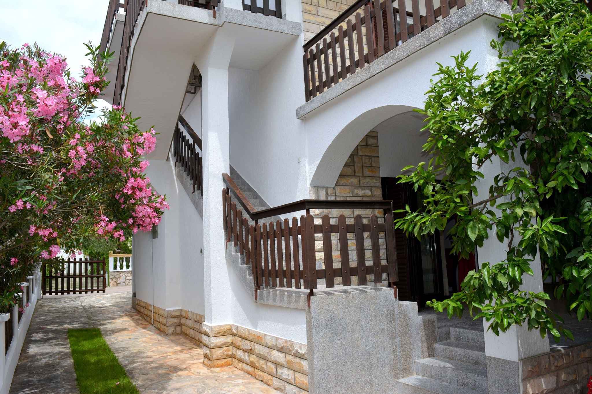 Appartement de vacances mit Terrasse (278776), Vodice, , Dalmatie, Croatie, image 2