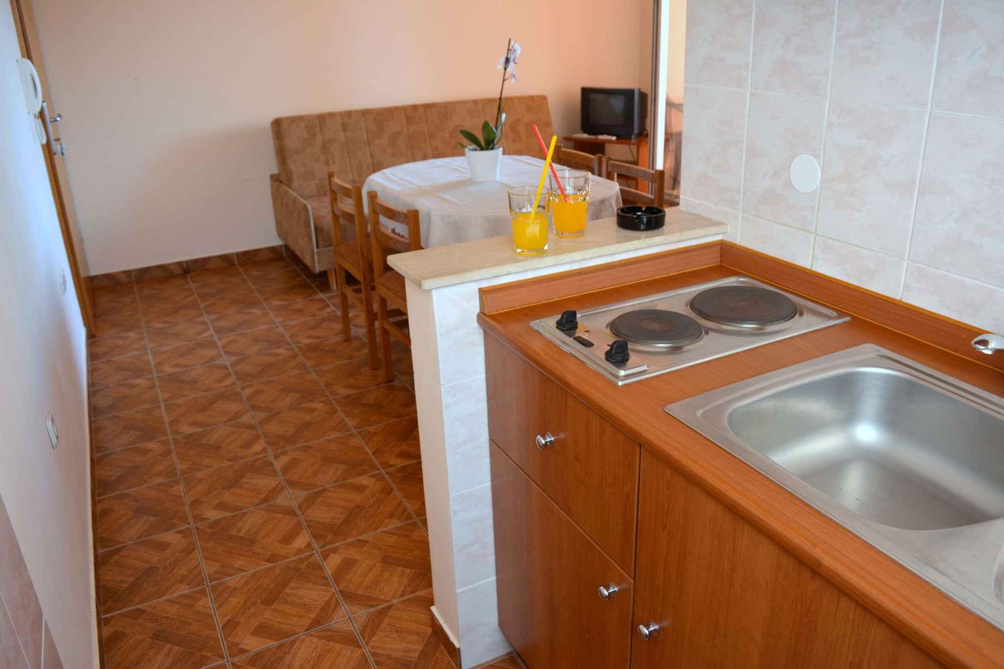 Ferienwohnung mit Internet in der Nähe der Adria (278861), Vodice, , Dalmatien, Kroatien, Bild 13