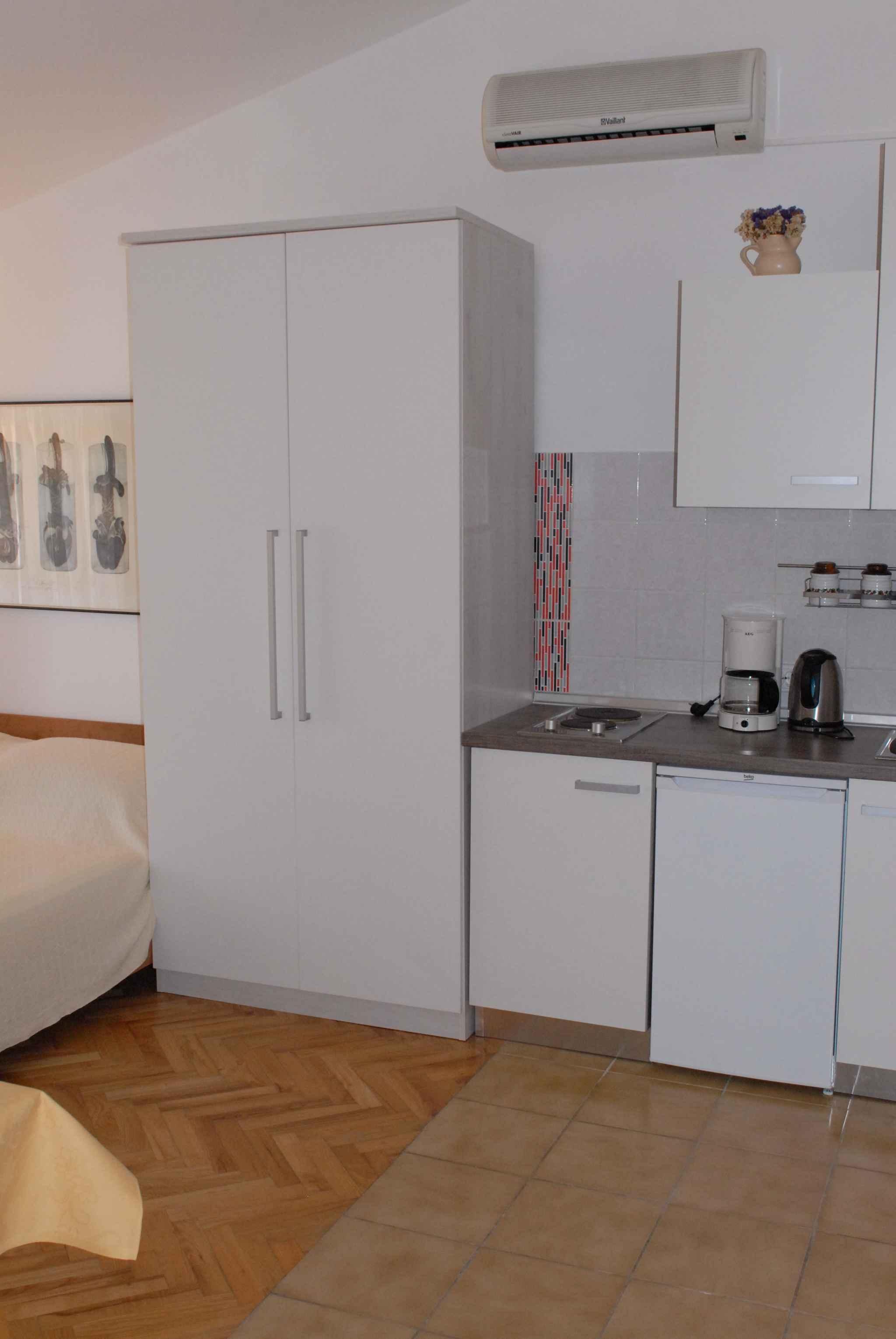 Ferienwohnung in Adrianähe mit Klimaanlage (278893), Zadar, , Dalmatien, Kroatien, Bild 14