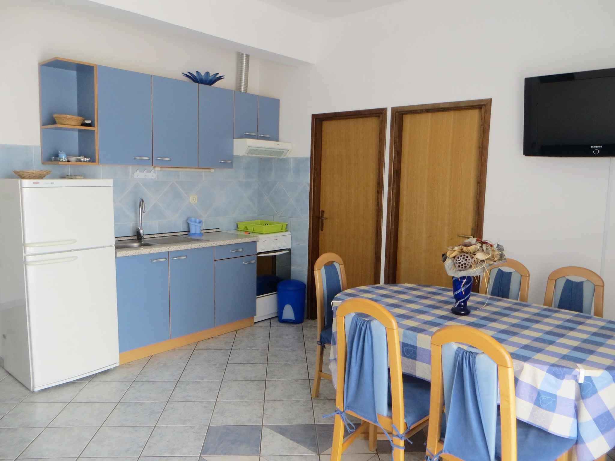Ferienwohnung mit Klimaanlage nur 300 m zur Adria (287926), Starigrad Paklenica, , Dalmatien, Kroatien, Bild 7