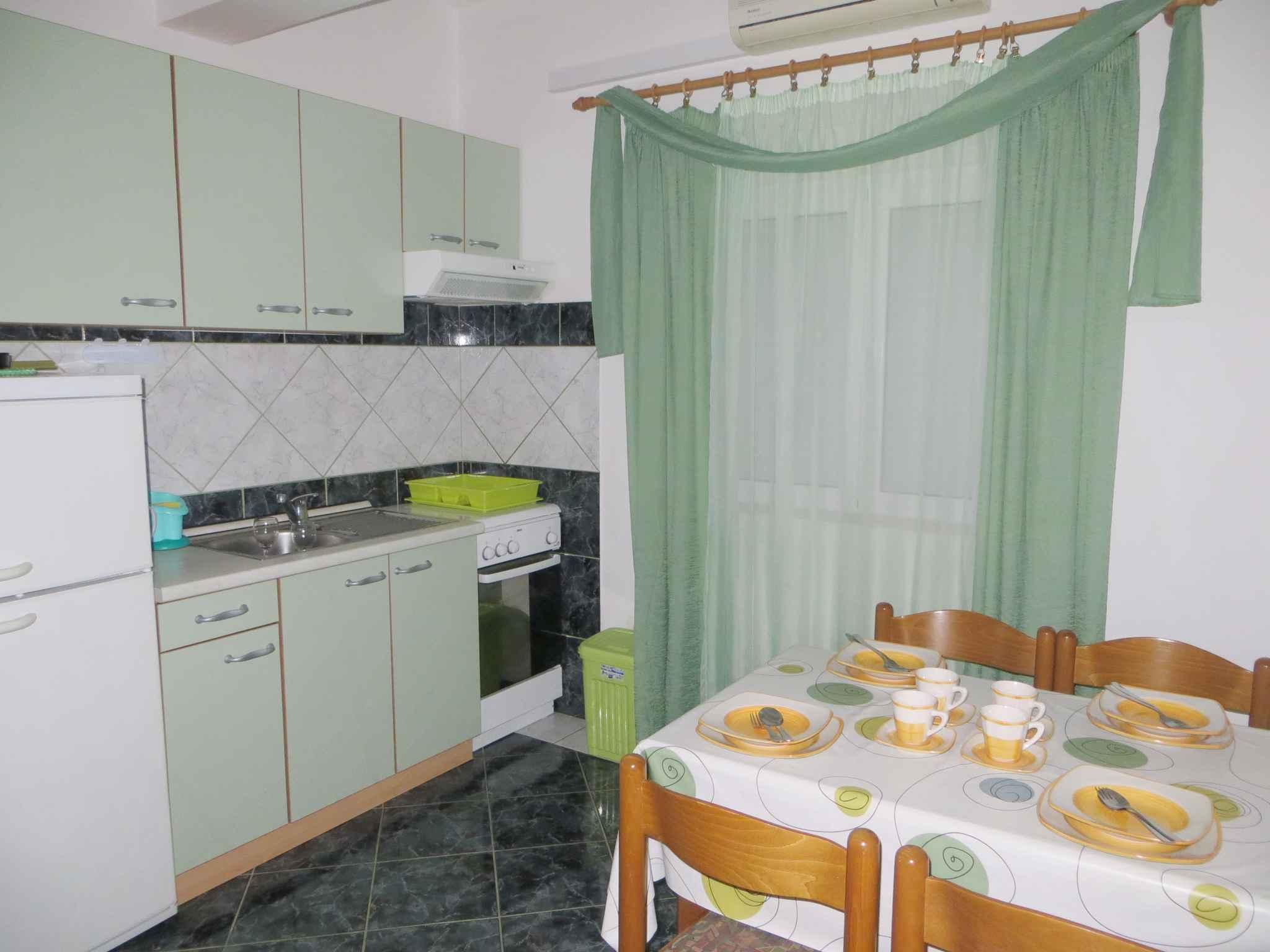 Ferienwohnung mit SAT-TV und Klimaanlage (287927), Starigrad Paklenica, , Dalmatien, Kroatien, Bild 7