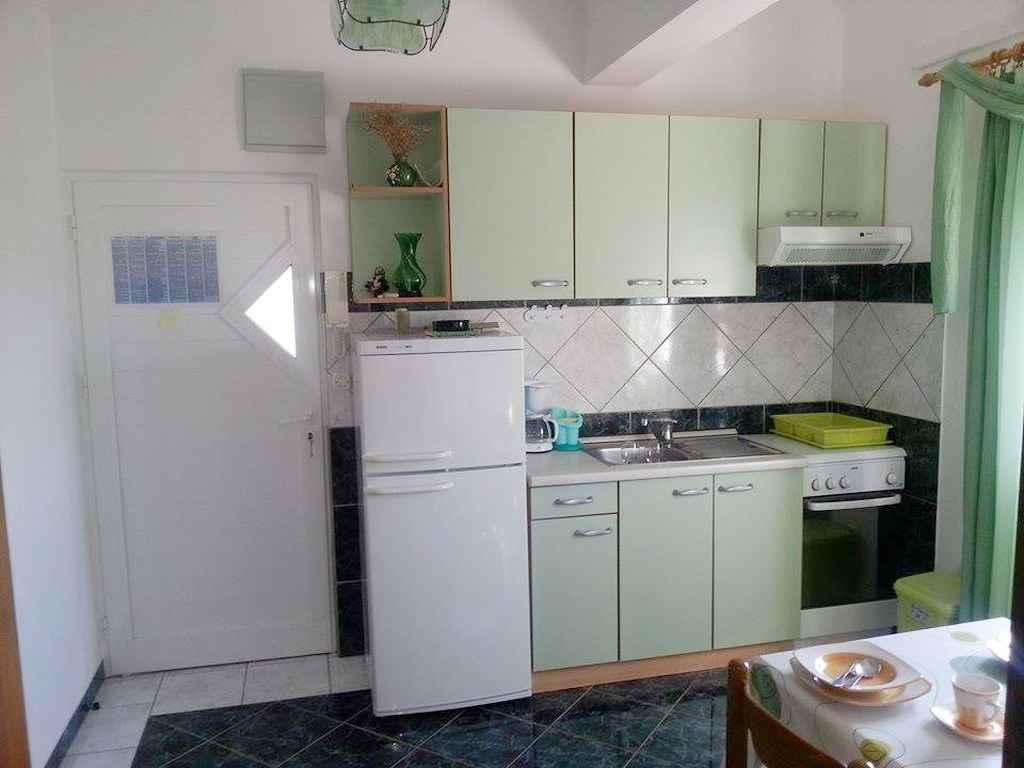 Ferienwohnung mit SAT-TV und Klimaanlage (287927), Starigrad Paklenica, , Dalmatien, Kroatien, Bild 8