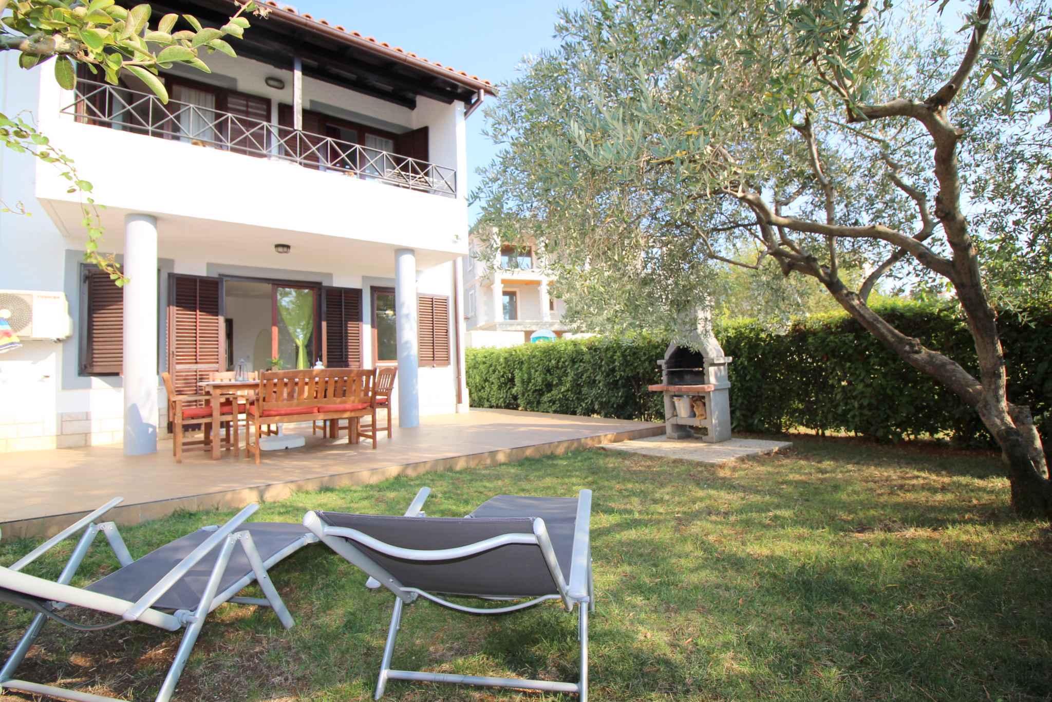 Ferienhaus für 6 Personen in Strandnähe (280255), Porec, , Istrien, Kroatien, Bild 2