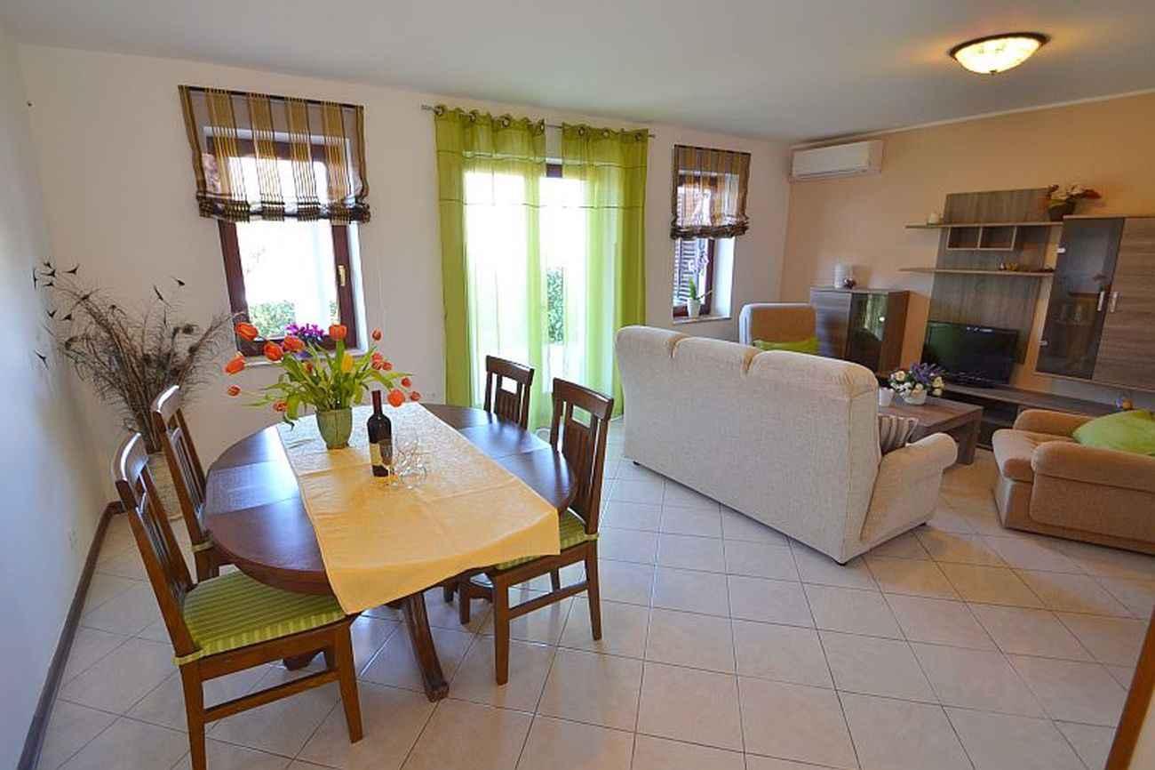 Ferienhaus für 6 Personen in Strandnähe (280255), Porec, , Istrien, Kroatien, Bild 6
