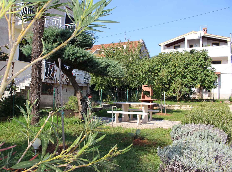 Ferienwohnung mit Garten und Grill (280240), Porec, , Istrien, Kroatien, Bild 5