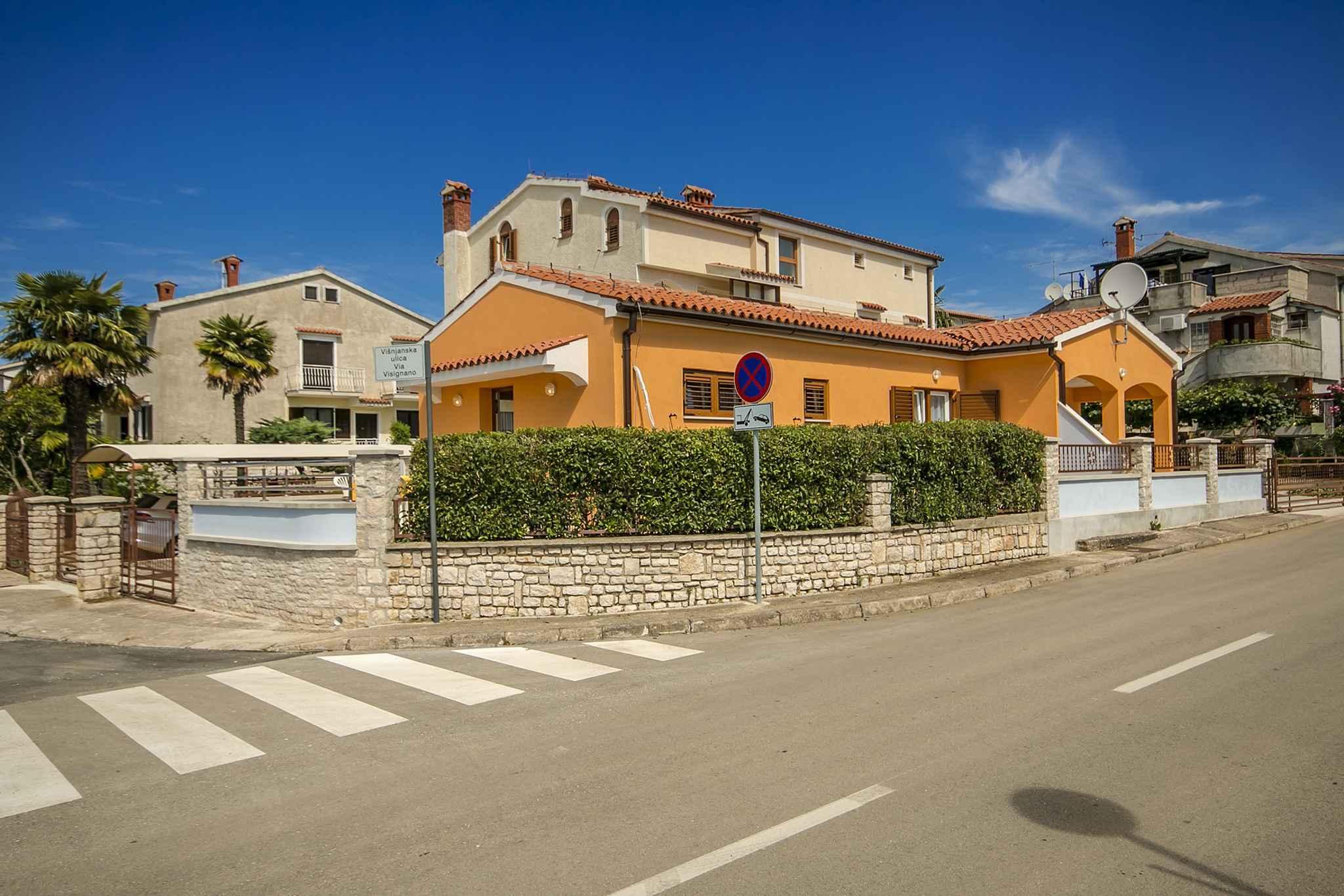 Ferienwohnung mit Garten und Grill (280240), Porec, , Istrien, Kroatien, Bild 3