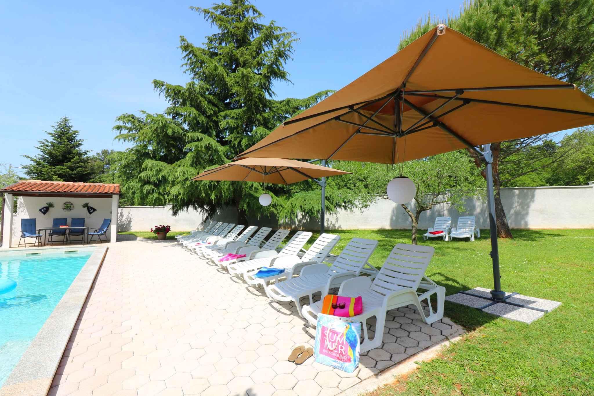 Ferienhaus Bungalow mit Swimmingpool und Klimaanlage (280266), Porec, , Istrien, Kroatien, Bild 7