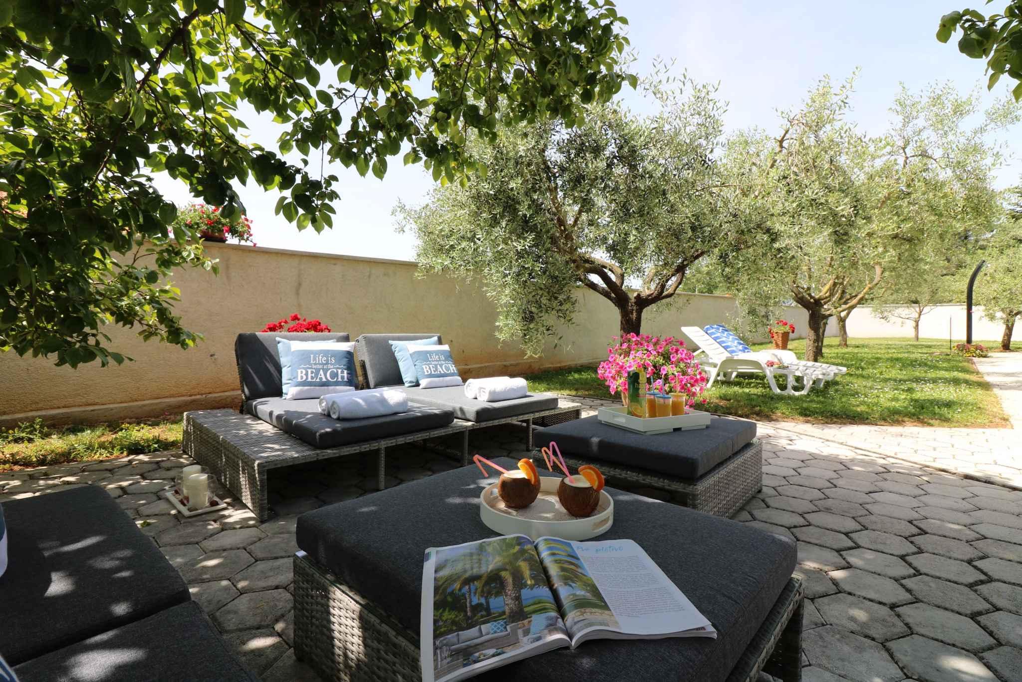 Ferienhaus Bungalow mit Swimmingpool und Klimaanlage (280266), Porec, , Istrien, Kroatien, Bild 10