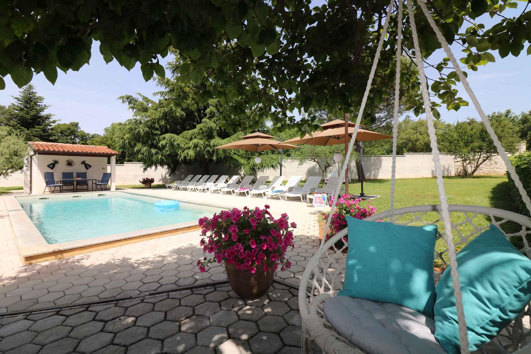 Ferienhaus Bungalow mit Swimmingpool und Klimaanlage (280266), Porec, , Istrien, Kroatien, Bild 11