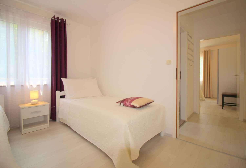 Ferienhaus Bungalow mit Swimmingpool und Klimaanlage (280266), Porec, , Istrien, Kroatien, Bild 23