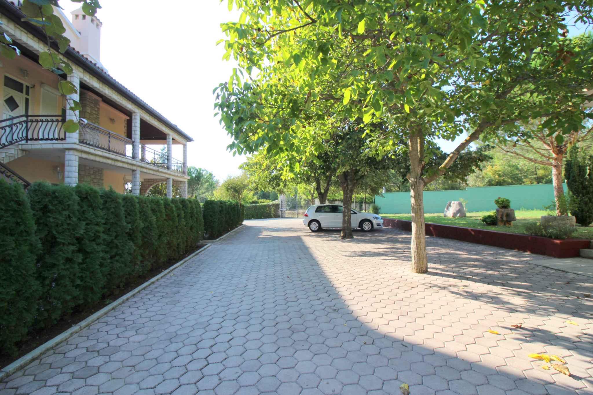Ferienhaus Bungalow mit Swimmingpool und Klimaanlage (280266), Porec, , Istrien, Kroatien, Bild 2