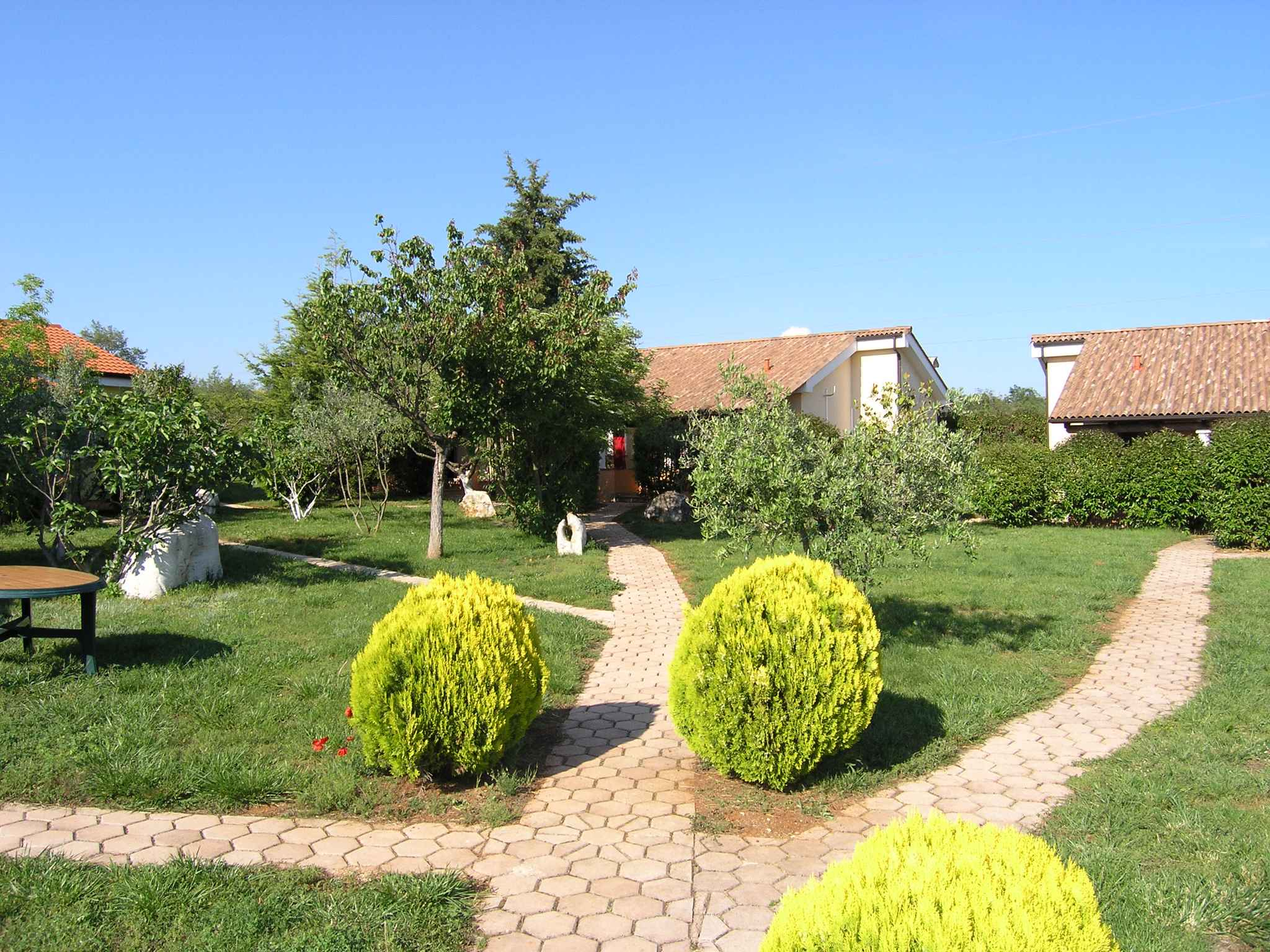 Ferienhaus Bungalow mit Swimmingpool und Klimaanlage (280266), Porec, , Istrien, Kroatien, Bild 3