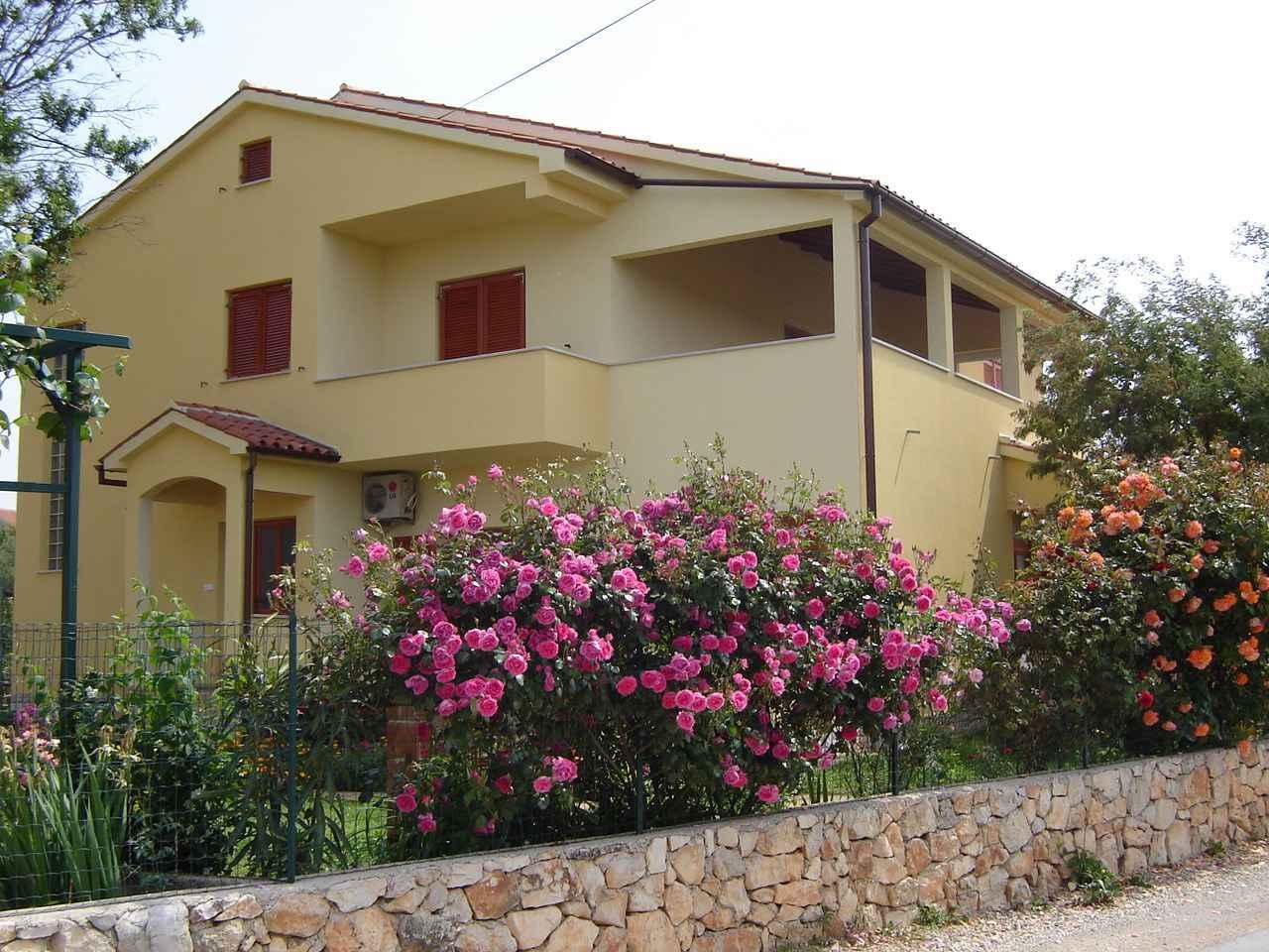 Ferienwohnung mit SAT-TV in ruhiger Lage (280672), Pula, , Istrien, Kroatien, Bild 2