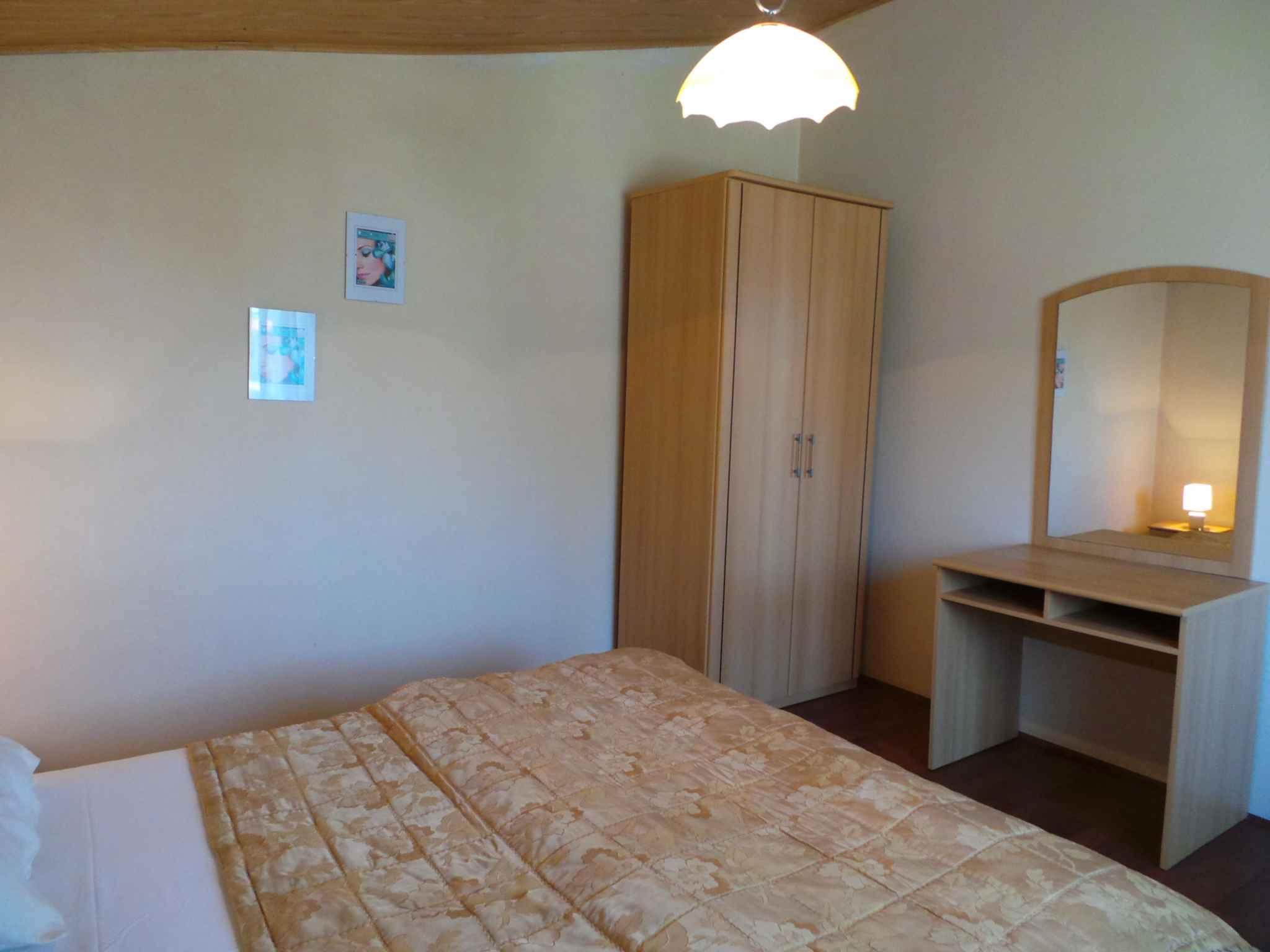 Ferienwohnung mit SAT-TV und Balkon (280821), Pula, , Istrien, Kroatien, Bild 16