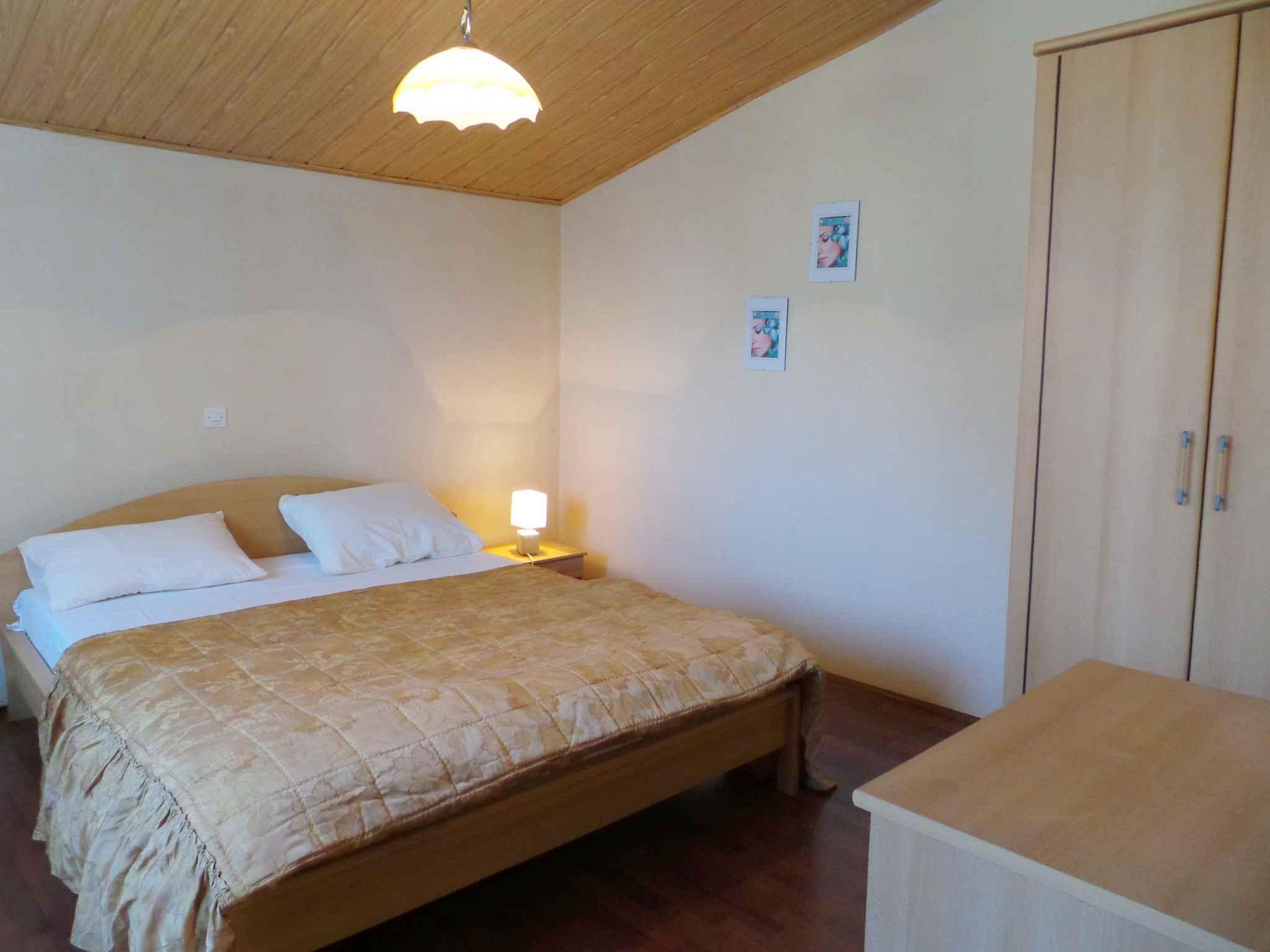 Ferienwohnung mit SAT-TV und Balkon (280821), Pula, , Istrien, Kroatien, Bild 17