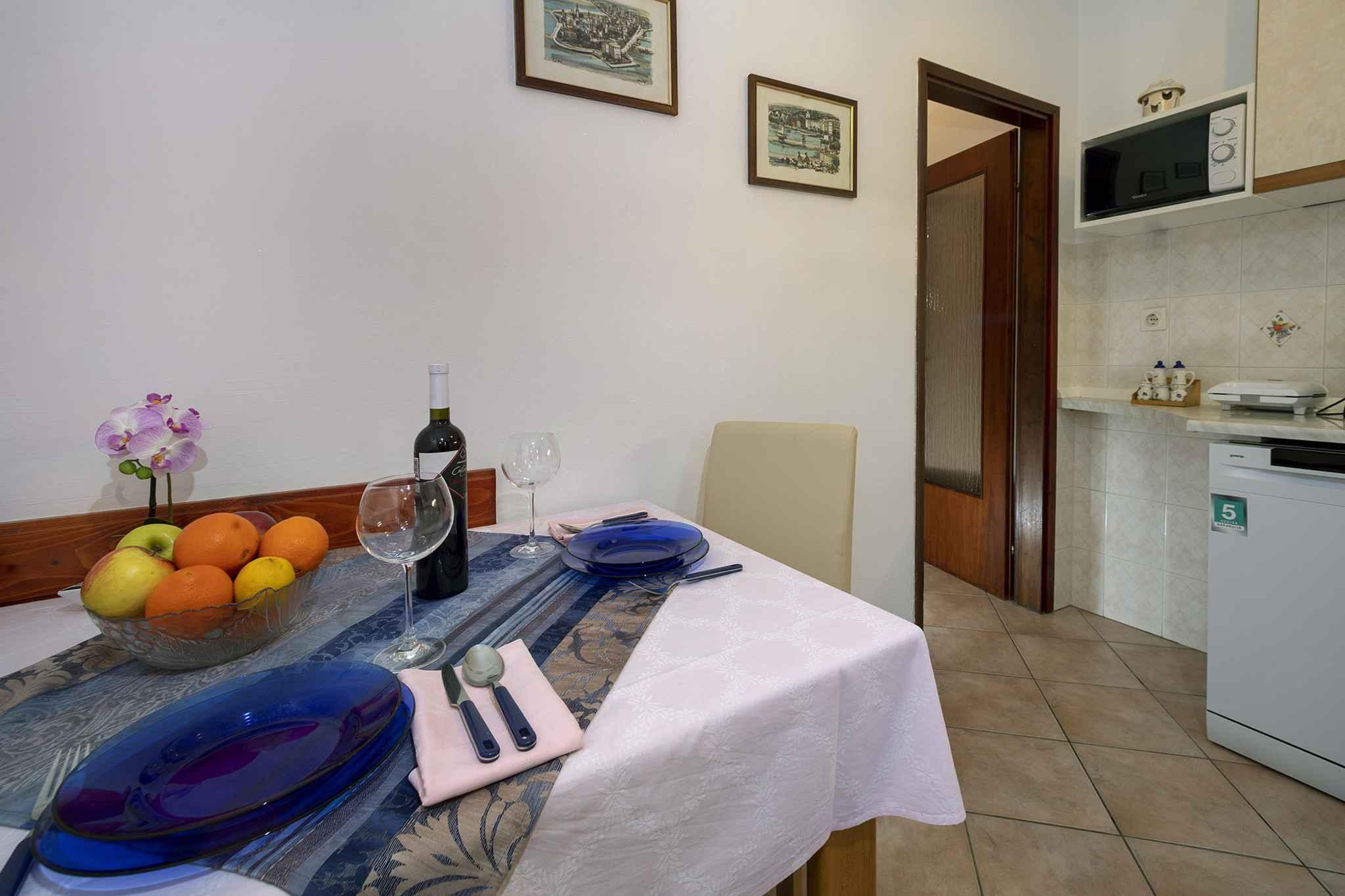 Ferienwohnung mit schöner Terrasse und Garten (280318), Porec, , Istrien, Kroatien, Bild 13