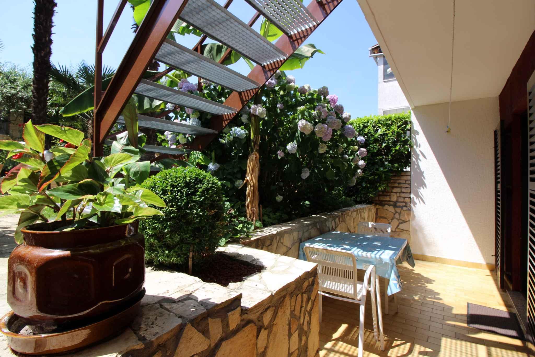 Ferienwohnung mit schöner Terrasse und Garten (280318), Porec, , Istrien, Kroatien, Bild 6