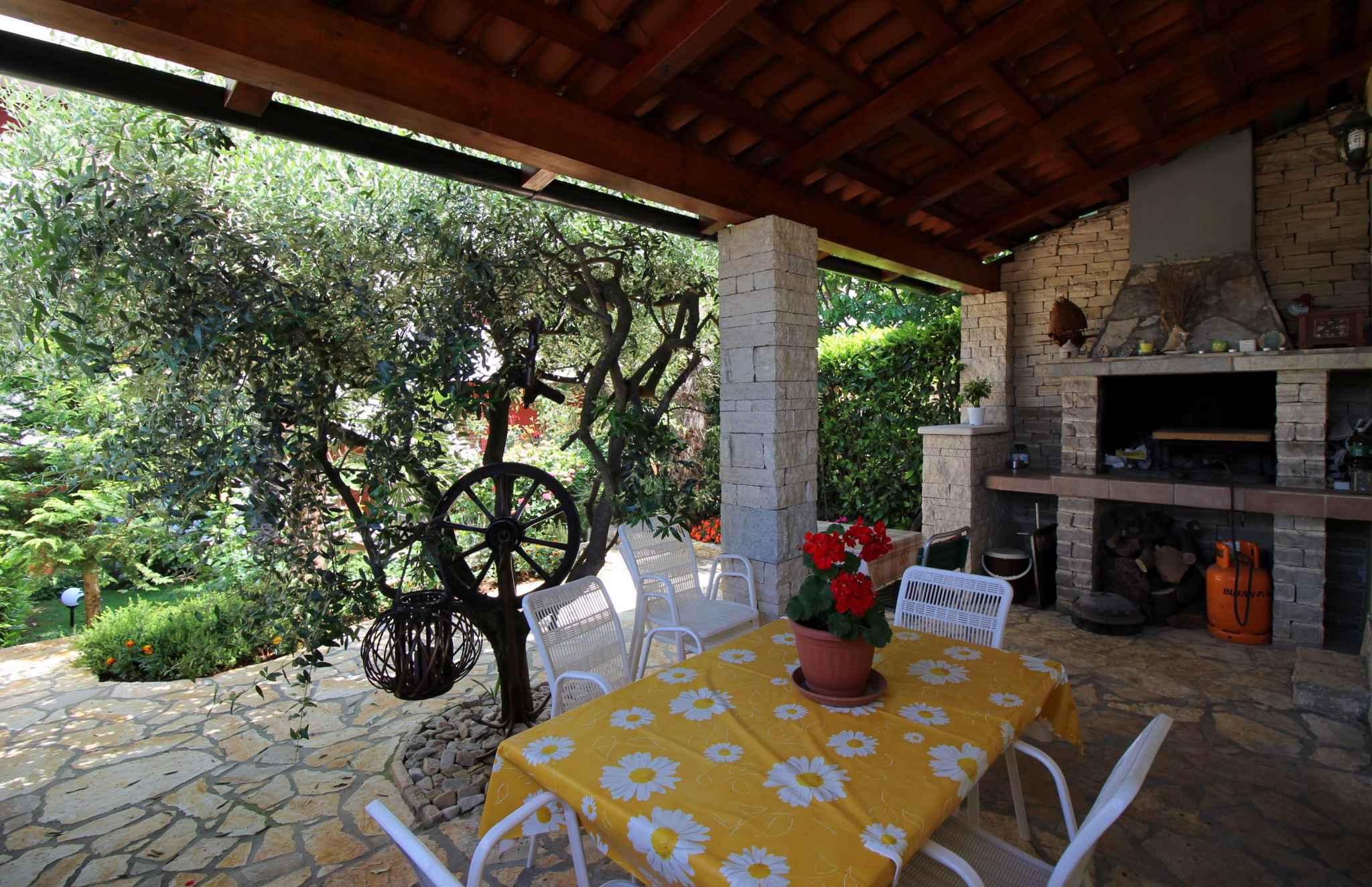 Ferienwohnung mit schöner Terrasse und Garten (280318), Porec, , Istrien, Kroatien, Bild 7
